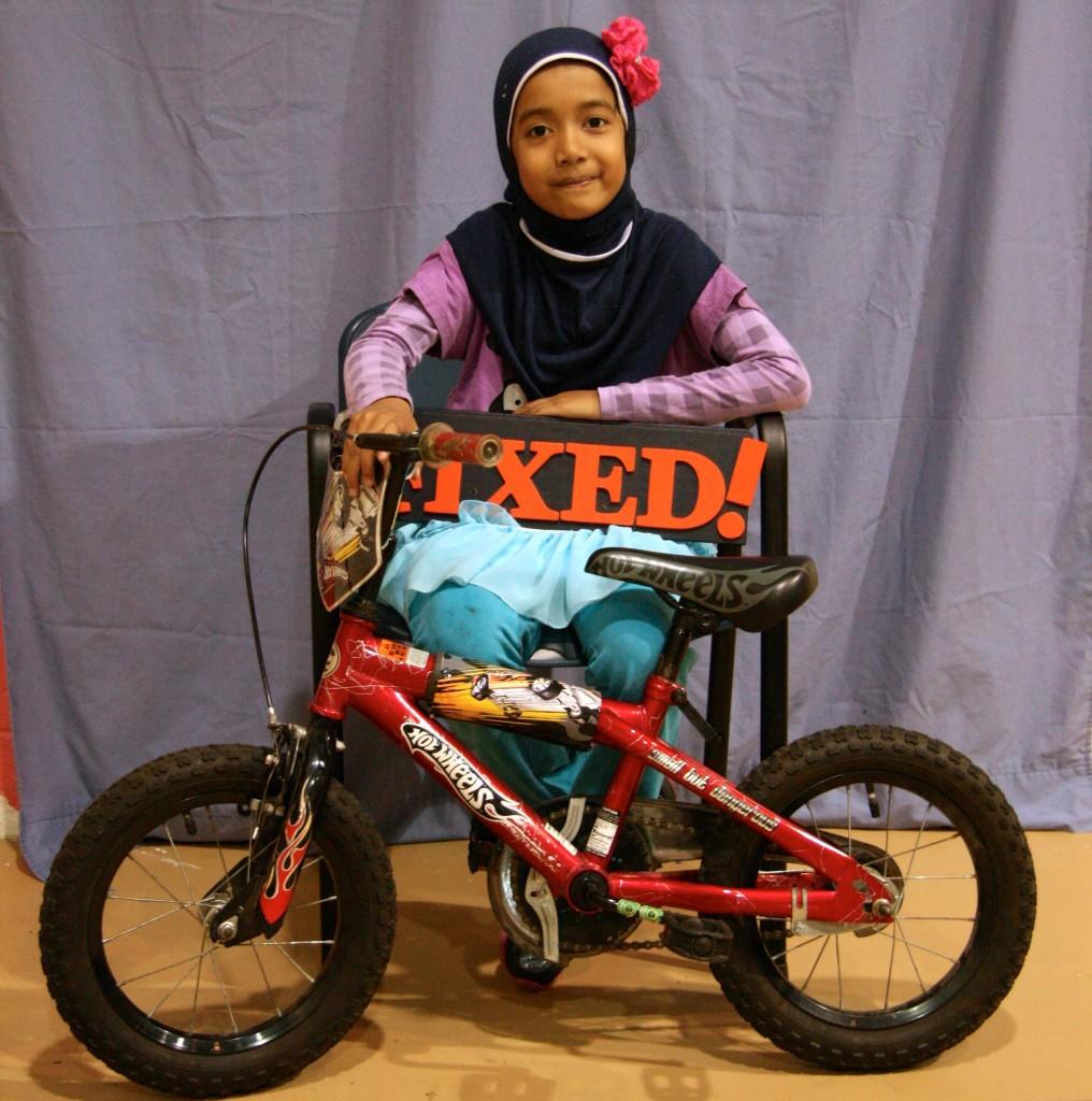 little girl _bike